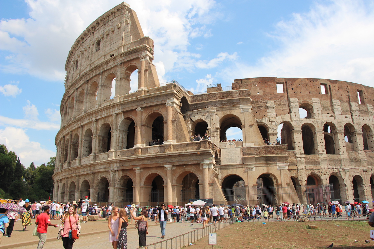 Famous landmarks of ancient Rome